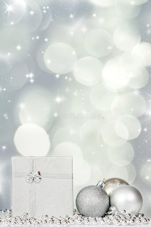 Download Silberne Weihnachtsdekoration Stockfoto - Bild von nahaufnahme, exemplar: 47100298