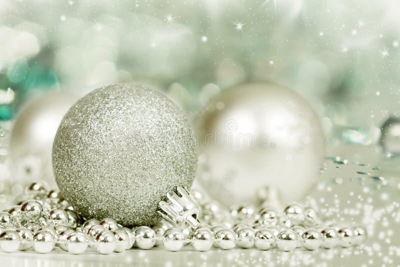 Download Silberne Weihnachtsdekoration Stockbild - Bild von leben, weihnachten: 47100367