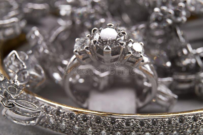 Silberner Diamond Jewelry Collection lizenzfreie stockfotografie
