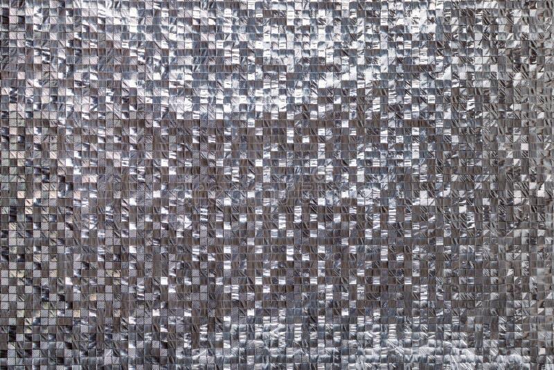 Silberner metallischer quadratischer dreidimensionaler Hintergrund Glänzende Beschaffenheit silbernen Folie der Metall 3d stockbild