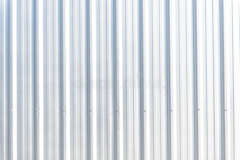 Silbernes Metallplatten abstellgleis Nahtlose Oberfläche des galvanisierten Stahls stockfotos