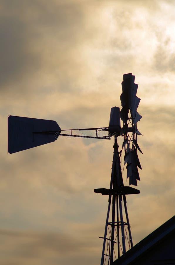Silhoette do moinho de vento imagens de stock royalty free