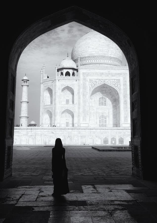 Silhouet op Taj Mahal stock afbeeldingen