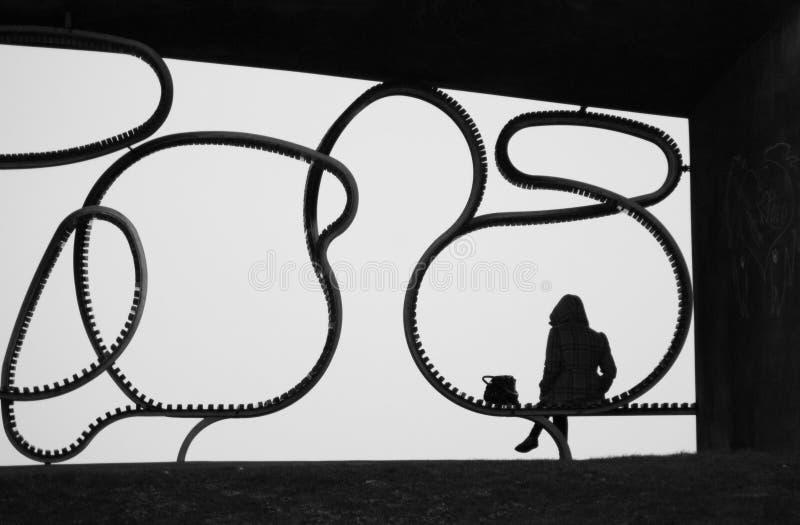 Silhouet van een gezette vrouw stock afbeeldingen