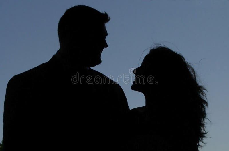 Silhouet van een Man en een Vrouw royalty-vrije stock foto's