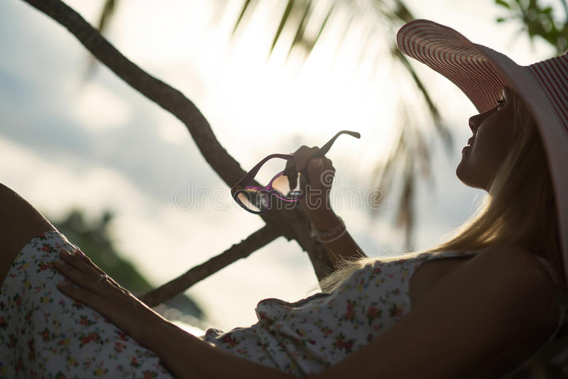 Silhouet van meisje royalty-vrije stock foto's