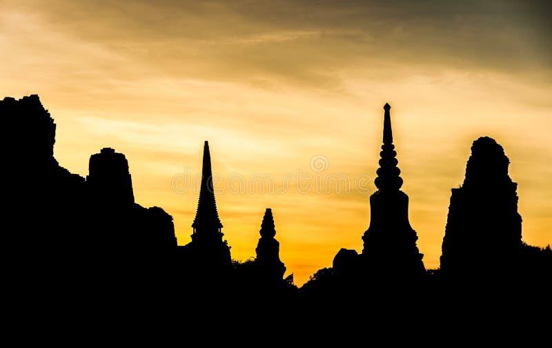 Silhouet van Thaise Ruïnes stock fotografie