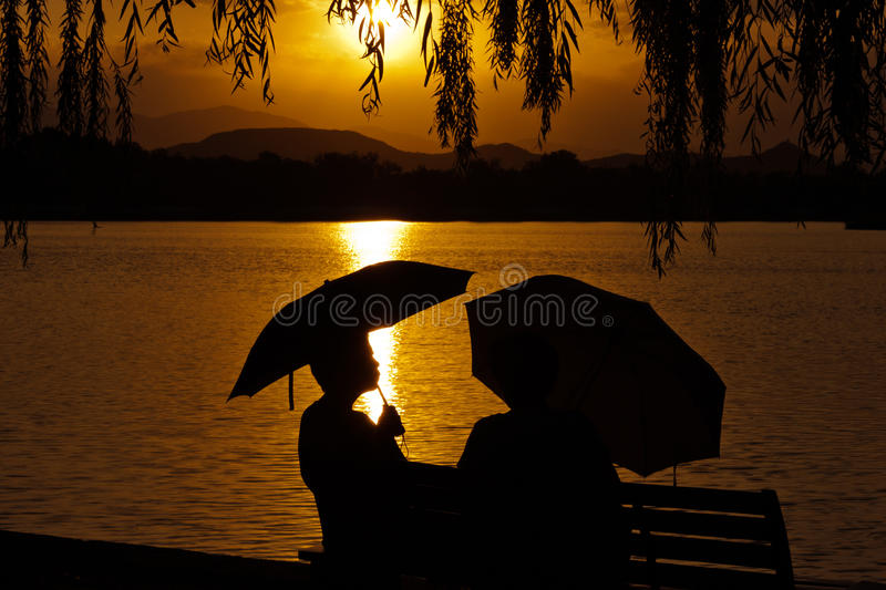 Silhouette of couple royalty free stock photos