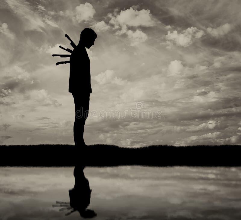 Lucidà nous a abandonné Silhouette-d-un-homme-triste-avec-couteaux-dans-le-dos-84244182