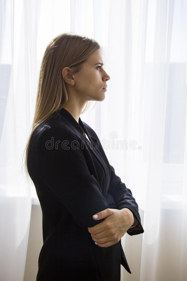 Silhouette de femme d'affaires photo stock