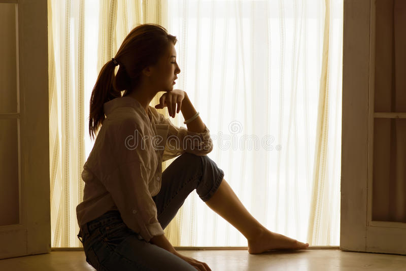 Silhouette de femmes image stock
