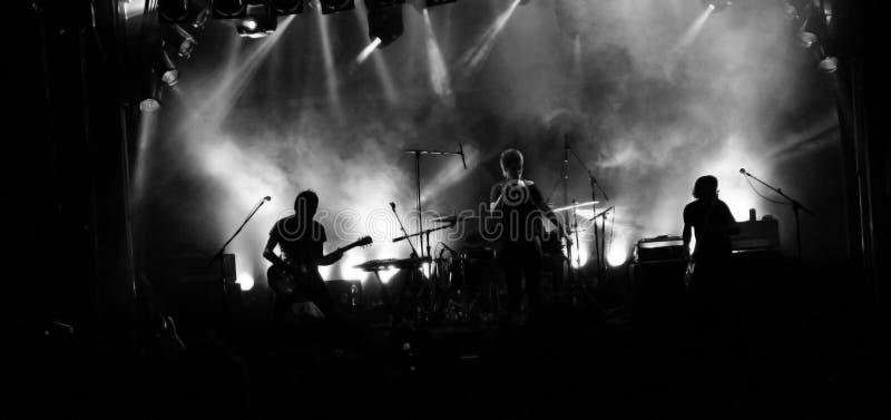 Silhouette de groupe de rock images libres de droits