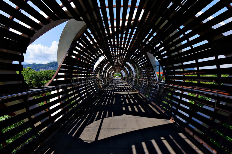 Silhouette de pont de paysage photographie stock