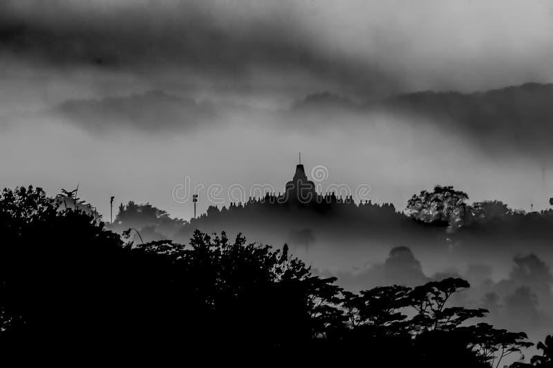 Silhouette de temple de Borobudur images stock