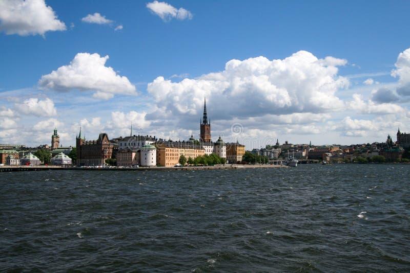 Silhouette de ville de port de Stockholm image stock