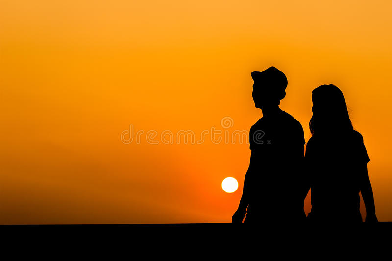Silhouette of a loving couple royalty free stock images