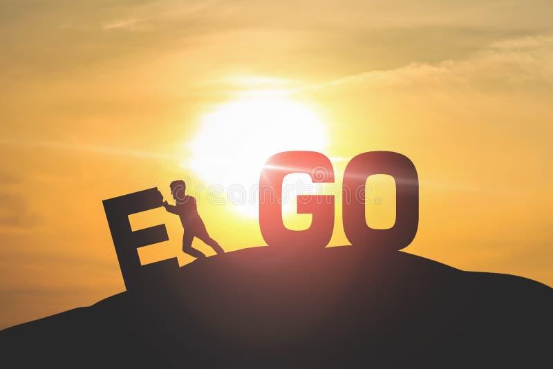 Silhouette Mann drücken EGO mit Himmel und Sonnenlicht Hintergrund stockbilder