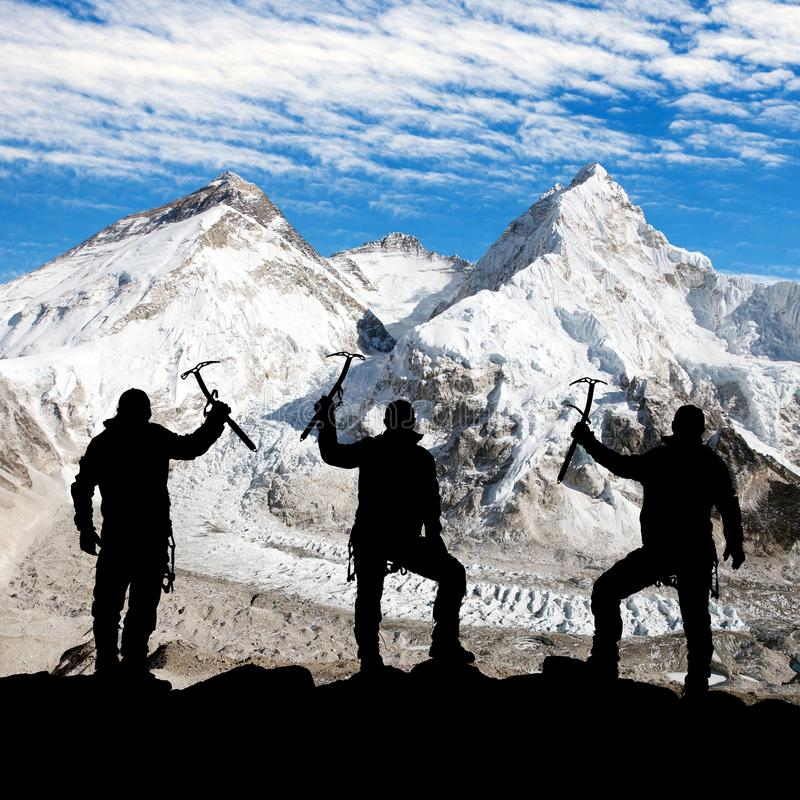 Free Silhouette Of Men With Ice Axe In Hand, Mount Everest Royalty Free Stock Photography - 54349117