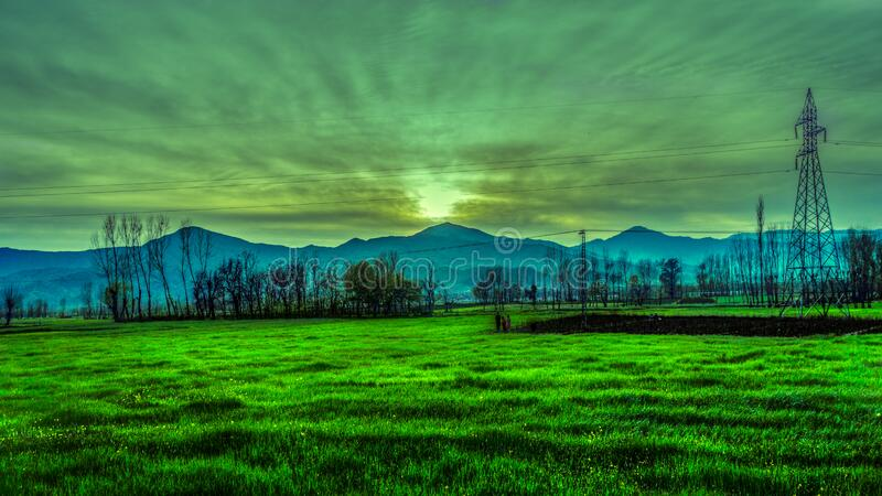 Silhouette Photography Of Mountain Near Green Grass Free Public Domain Cc0 Image
