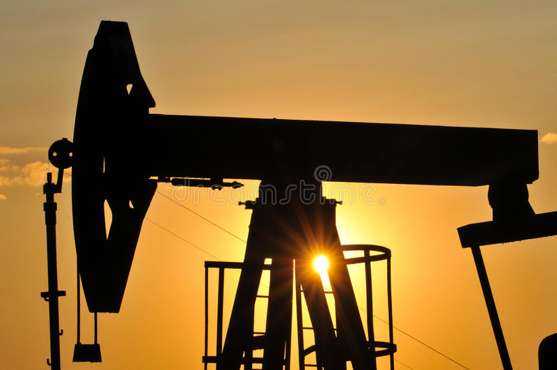 Download Silhouette Pump Jack Stock Photo - Image: 25811520