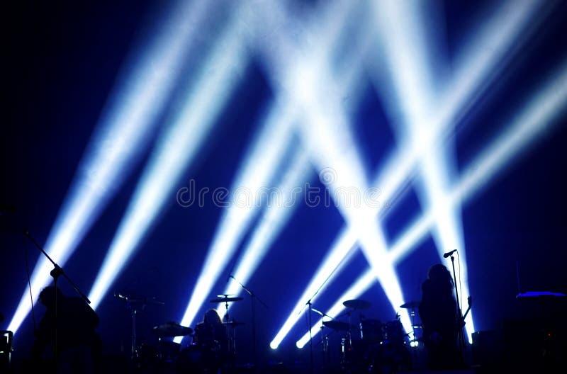 Silhouetten van zes musici royalty-vrije stock afbeeldingen