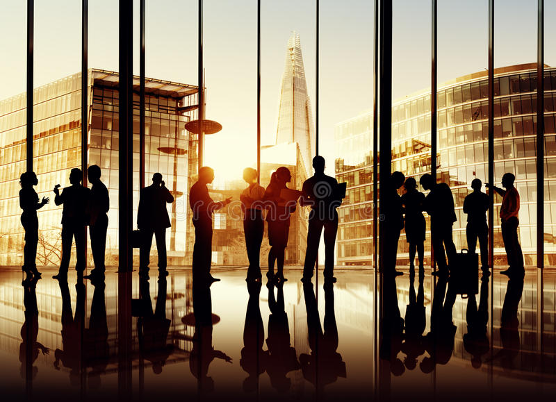 Silhouettes des gens d'affaires photos stock