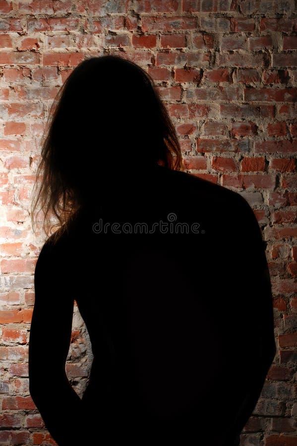 Silhoutte d'un homme photographie stock libre de droits