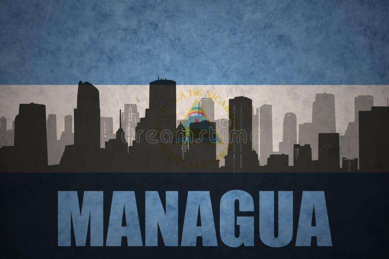 Silhueta abstrata da cidade com texto Managua na bandeira do nicaraguan do vintage ilustração royalty free