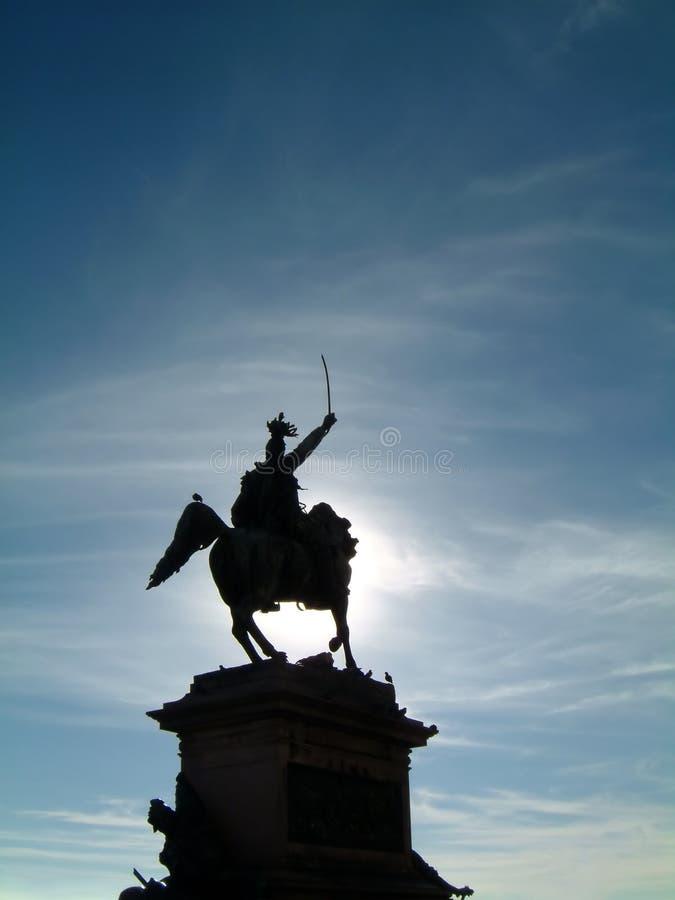 Silhueta da estátua fotografia de stock royalty free