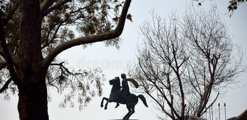 Silhueta da estátua de Alexander o grande imagem de stock royalty free
