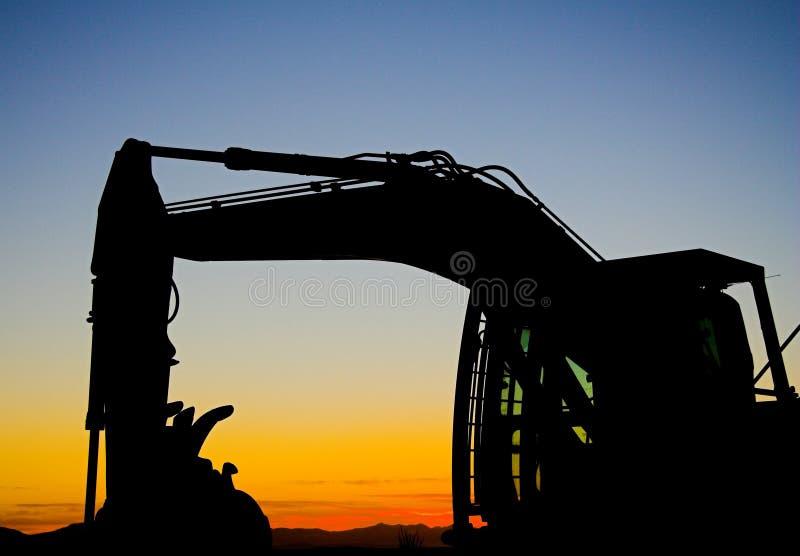 Download Silhueta Da Máquina Escavadora Foto de Stock - Imagem de se, indústria: 534510