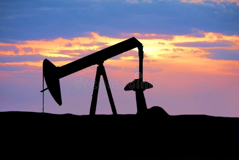 Silhueta da plataforma petrolífera