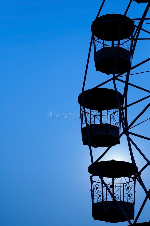 Silhueta da roda de Ferris. imagem de stock royalty free