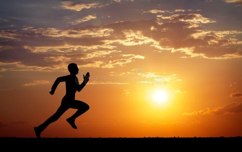 Silhueta de homem running contra o céu colorido foto de stock royalty free