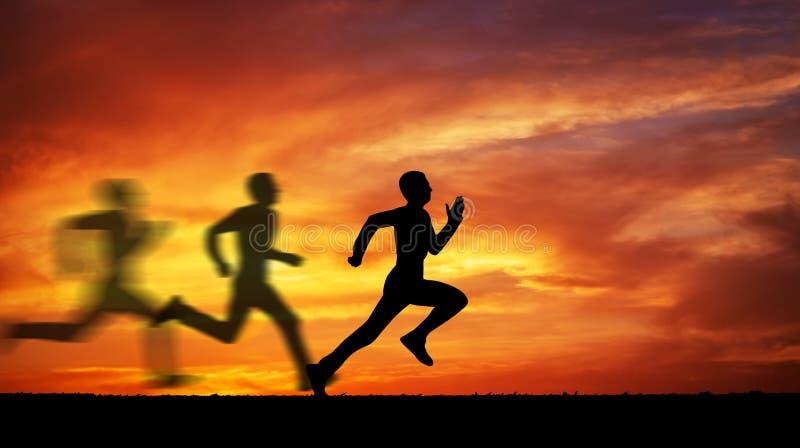 Silhueta de homem running contra o céu colorido fotografia de stock