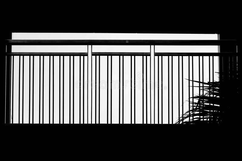 Silhueta do balcão de aço na construção moderna fotografia de stock royalty free