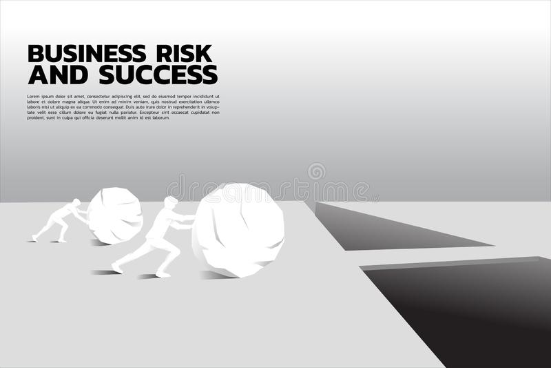 Silhueta do homem de negócios dois que empurra a rocha grande para através do abismo ilustração stock