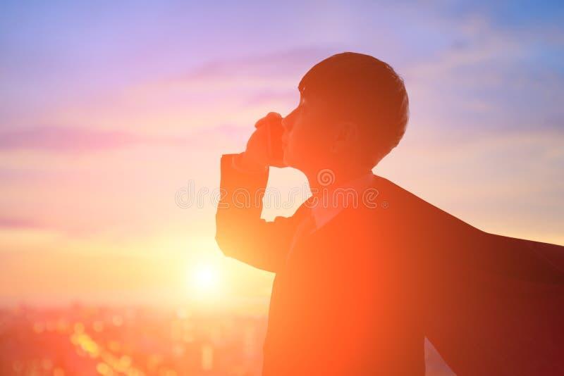 Silhueta do homem de neg?cios super foto de stock