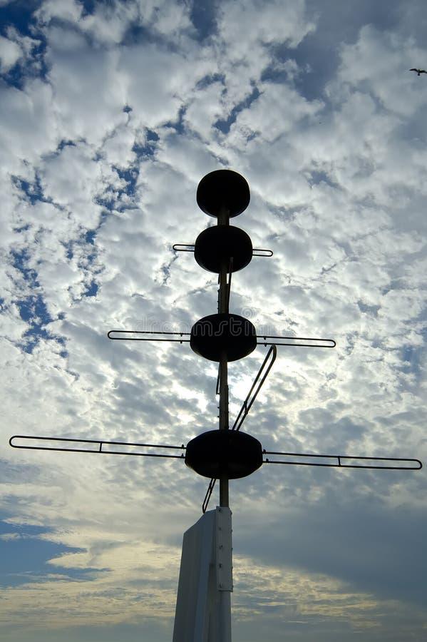 Download Silhueta do radar imagem de stock. Imagem de satélites - 114765