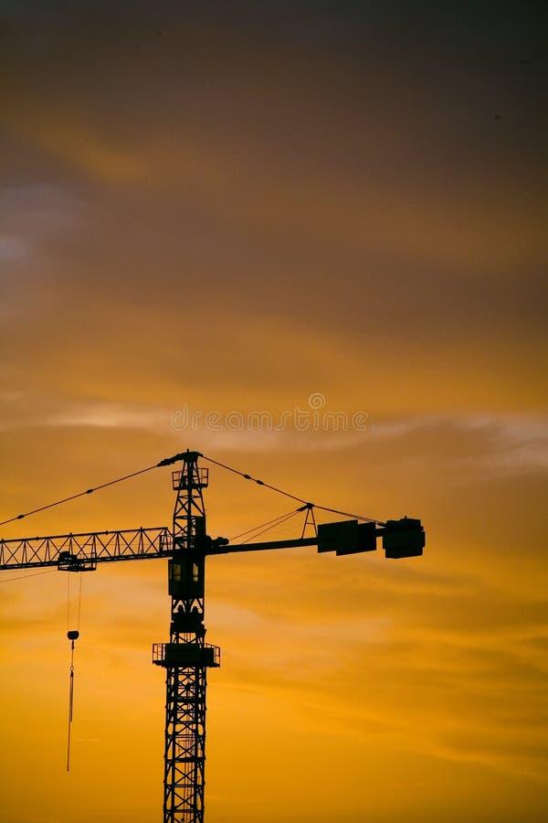 Silhueta industrial do nascer do sol imagens de stock royalty free