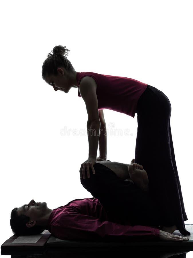 Silhueta tailandesa da massagem imagens de stock