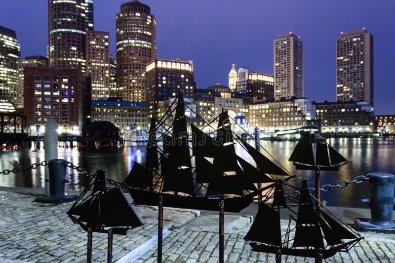 Silhuetas do navio de navigação fotos de stock royalty free
