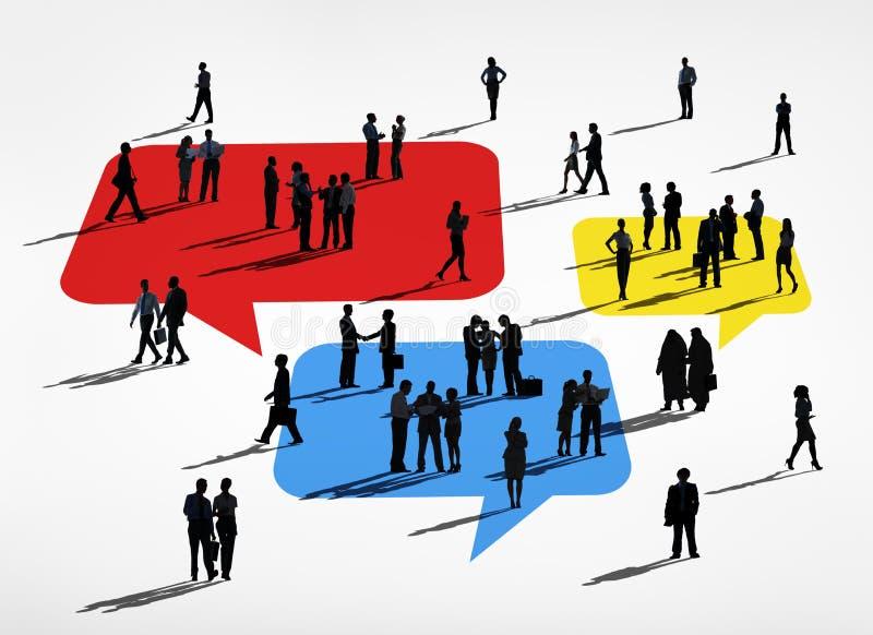 Silhuetas dos executivos de comunicação global ilustração stock