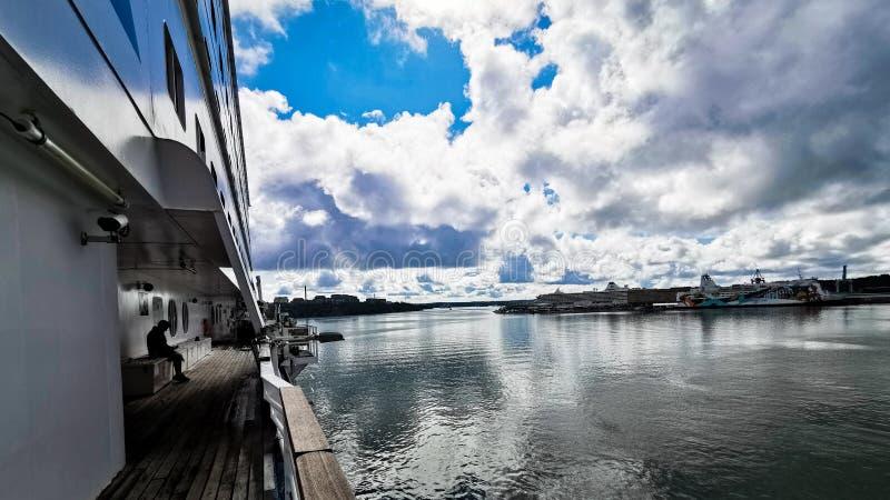 Silja Symphony Arriving To Stockholm fotografía de archivo libre de regalías
