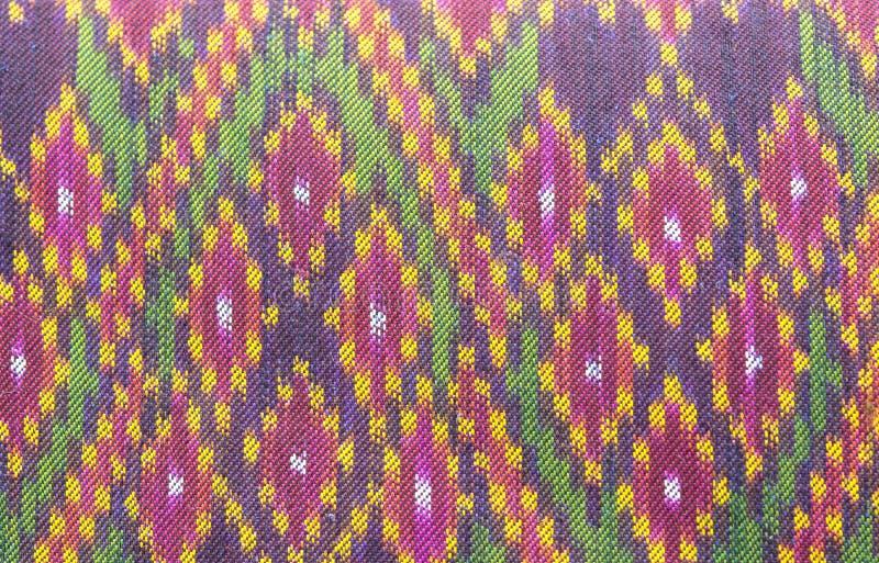 Silk farbenreiches Muster thailändischen Siam-Gewebes lizenzfreie stockbilder
