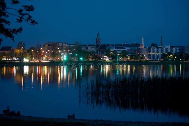 Silkeborg,丹麦在夜之前 库存照片