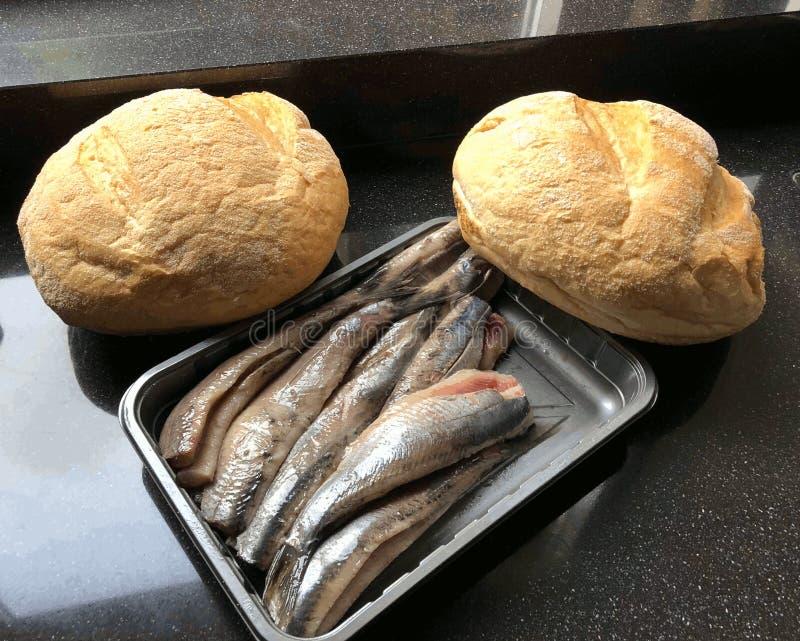 Sill och vitt bröd som firar minnet av befrielsen av Leiden i 1574 royaltyfri fotografi