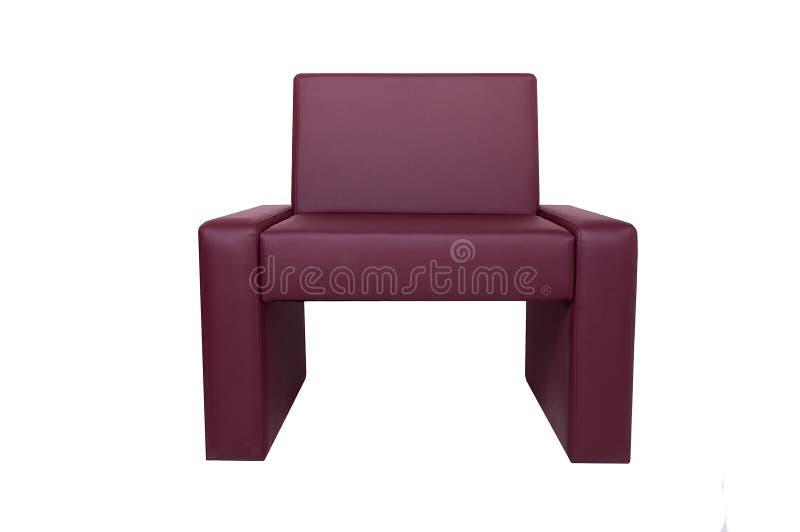Silla de cuero roja moderna inusual aislada en el fondo blanco Muebles estrictos del estilo fotografía de archivo