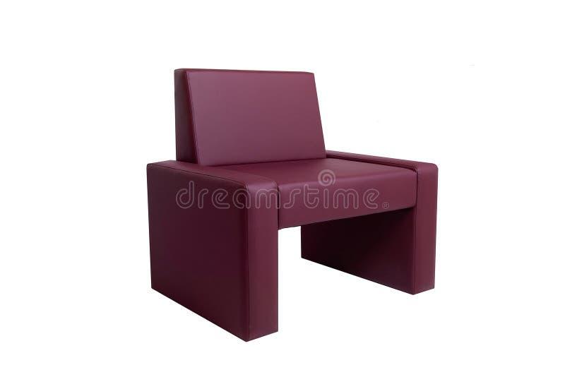Silla de cuero roja moderna inusual aislada en el fondo blanco Muebles estrictos del estilo fotografía de archivo libre de regalías