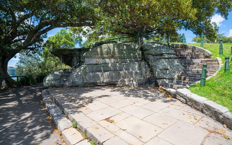 Silla de señora Macquarie una opinión tallada mano del banco de la piedra arenisca en Sydney Australia imágenes de archivo libres de regalías